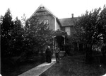 Cle Elum Home. Ellensburg Public Library Local History Collection Photographs