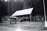 Salmon La Sac Guard Station